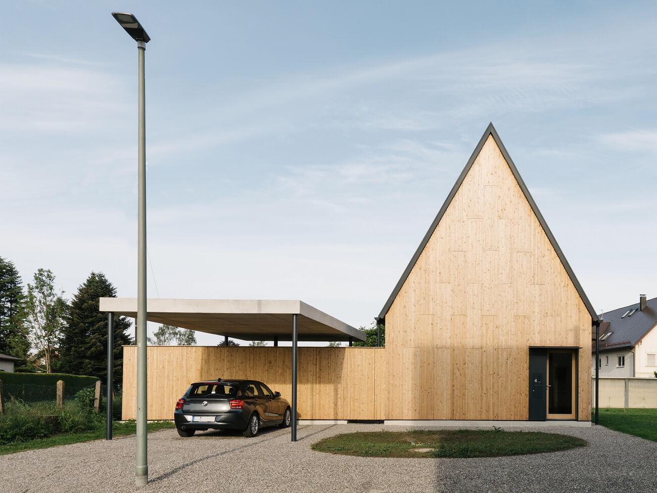 Haus an der Bahnhofsrestauration, Memmingen, Deutschland